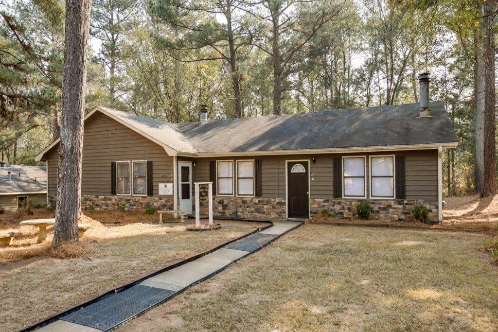 North Place - multifamily sale - 480 North Bluff Road  Athens, GA 30607