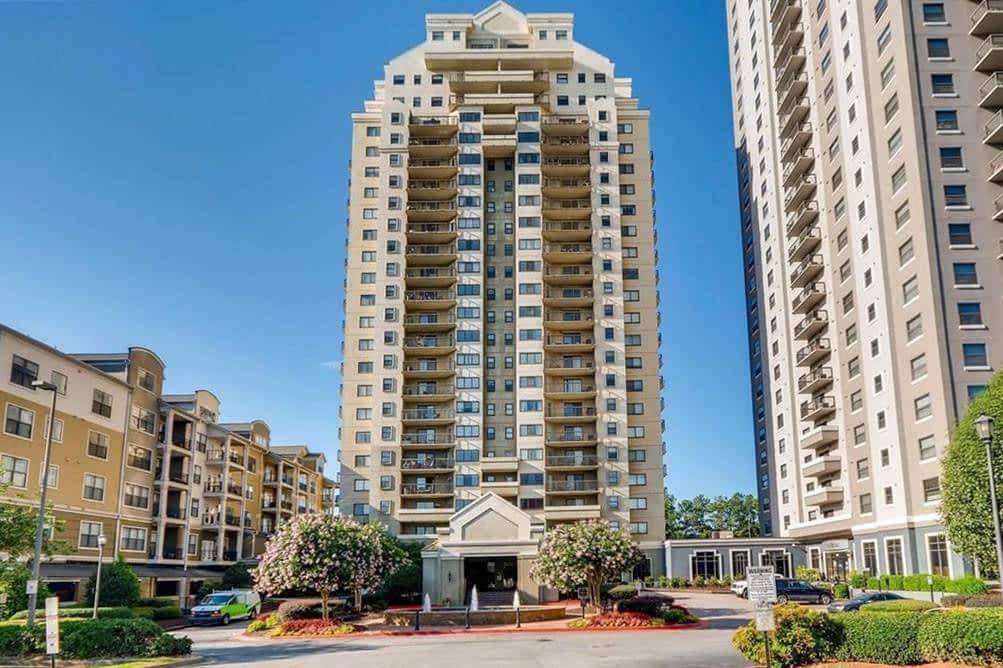 Park Towers Exterior - Office Sale - 795 Hammond Drive, Atlanta, GA 30328