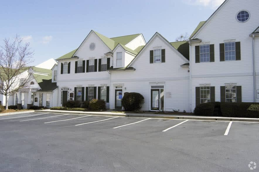 Exterior of 707 Whitlock Ave SW - office sale - 707 Whitlock Ave NW, Marietta, GA